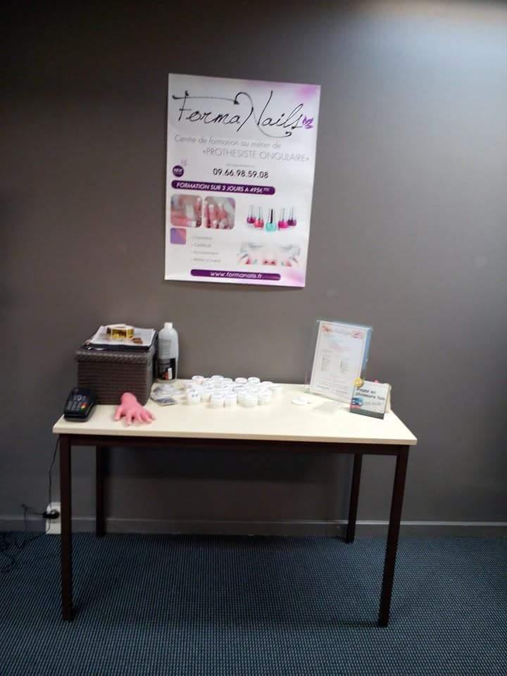 materiel prothesiste ongulaire Nos activités voici nos formations sur nîmes pour les métiers de prothésiste  ongulaire, de l'extension de cils, du maquillage permanent et des massages.