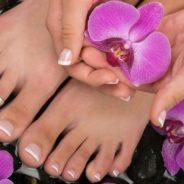 Peut-on porter des faux ongles aux pieds ?