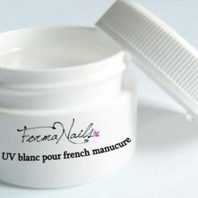 .Gel UV blanc pour french manucure .Gel UV blanc pour french manucure