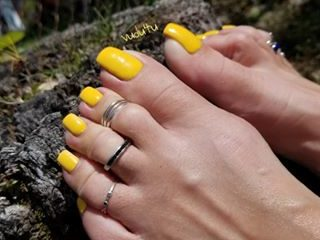 Ongles de pieds XXL