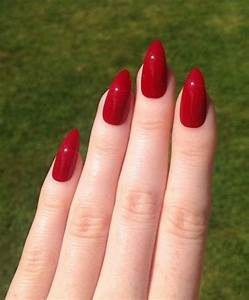 ongles rouges mains